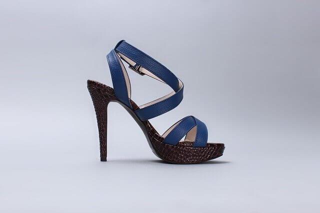 chaussure à talons réalisé en 2D