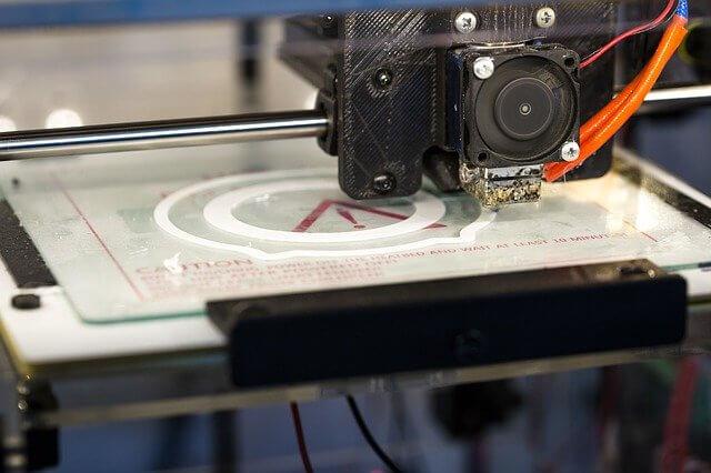 Imprimante de fabrication additive en pleine impression 3d