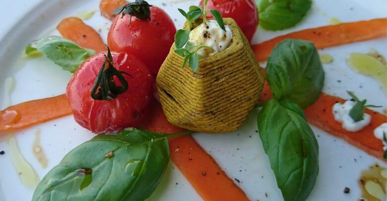 plat avec des aliments imprimés en 3D
